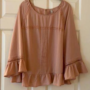 NWOT pink blouse w/belled sleeves & keyhole closer